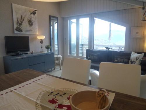 Küche/Küchenzeile in der Unterkunft Appartements Beaulieu Veysonnaz