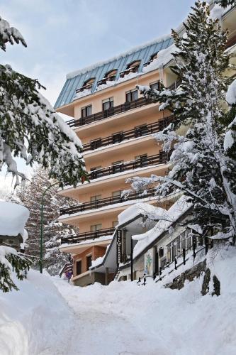 Hotel La Terrazza during the winter