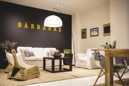 A seating area at Apartamentos Barbara 3