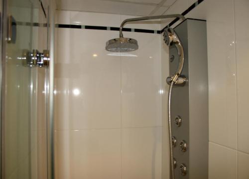 A bathroom at Sealand Apartment