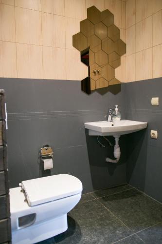 Ванная комната в Raspberry Paradise