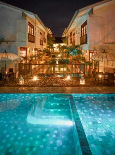 The swimming pool at or near Hotel Casa Blanca