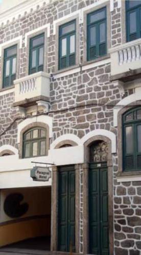 O edifício em que o motel se localiza