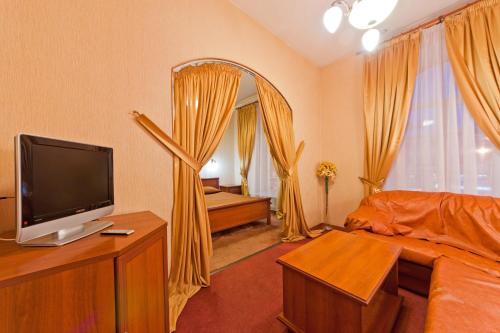 TV/Unterhaltungsangebot in der Unterkunft Nevsky Express