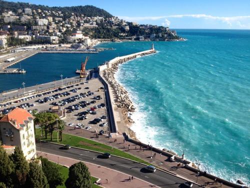 Een luchtfoto van Coco Palais Bellevue