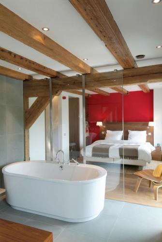 A bathroom at Texel Suites