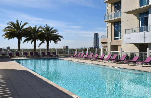 The swimming pool at or near 5250 Apartments 1611 Apartment