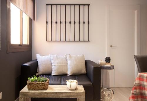 A seating area at Enjoybcn Diagonal Nord Apartment