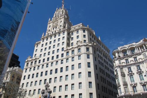 Gran Via Sol Valverde Parking gratis, Madrid (with photos ...