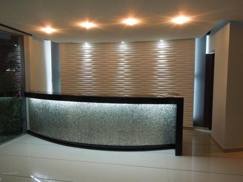 The lobby or reception area at Apartamento Equipetrol
