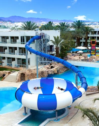 פארק מים במלון או בסביבה