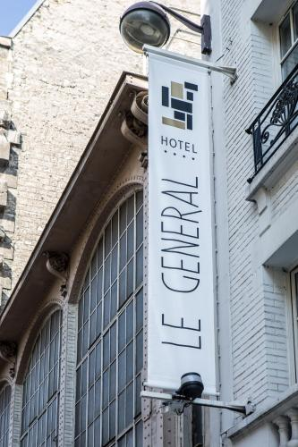 Le General Hotel.