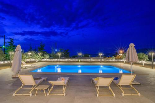 The swimming pool at or close to Petra Luxury Apartments