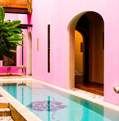 The swimming pool at or near Rosas & Xocolate Boutique Hotel+Spa