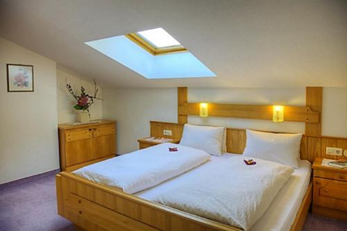 Giường trong phòng chung tại Haus Silvia