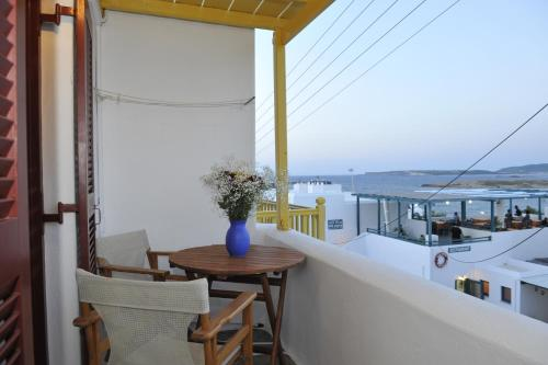 A balcony or terrace at Archipelagos Studios