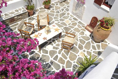 A porch or other outdoor area at Archipelagos Studios