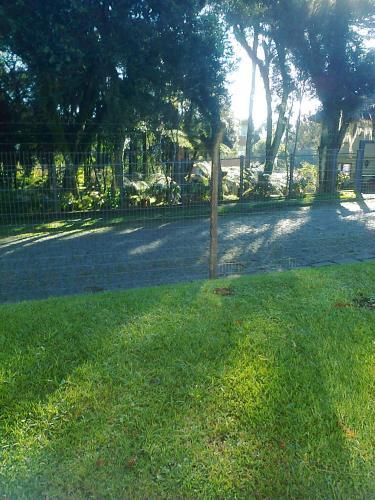 Un jardín fuera de Estalagem Colling