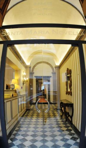 Lobbyn eller receptionsområdet på HHB Hotel