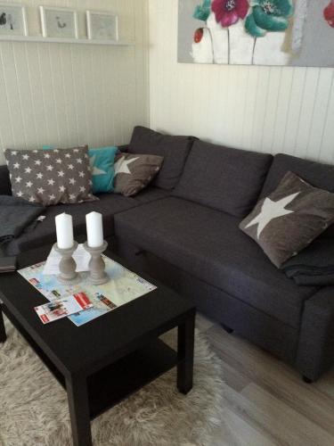 Havreveien Apartment tesisinde bir oturma alanı