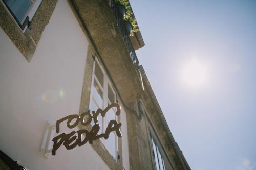 Sertifikat, penghargaan, tanda, atau dokumen yang dipajang di Apartamentos Roompedra