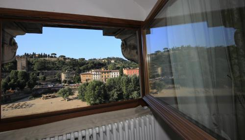 A balcony or terrace at Florence View Apartments