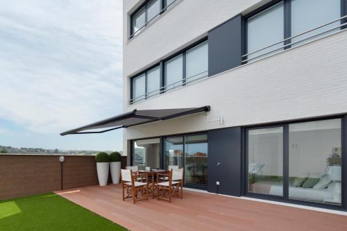 Gladys Attic Apartment by FeelFree Rentals, San Sebastián ...