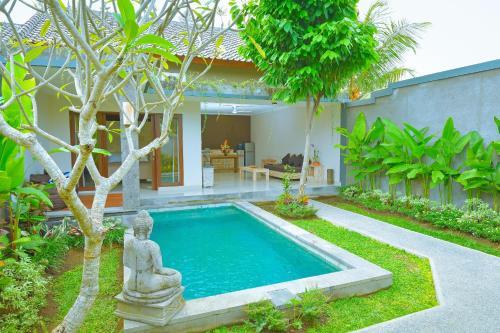 The swimming pool at or close to Villa Padma Ubud