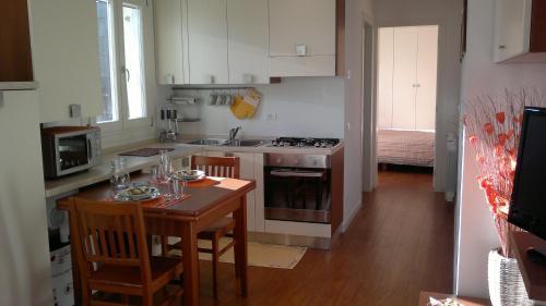Cucina o angolo cottura di Studio Canova