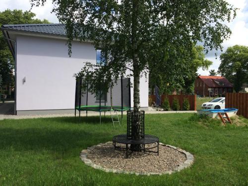 Ein Garten an der Unterkunft Ferienwohnung Familie Sommerfeldt