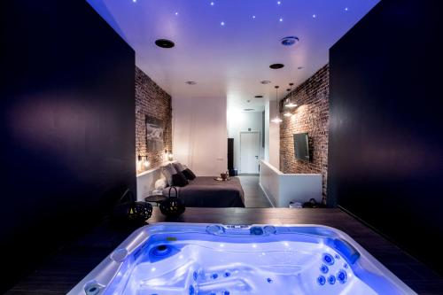 Booking Chambre Avec Jacuzzi Privatif