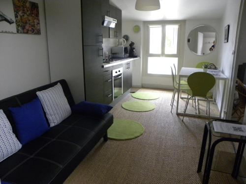 A seating area at Appartement Bel Air