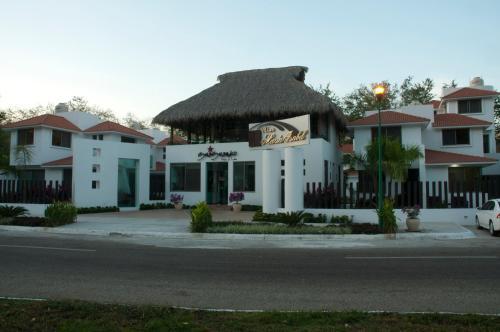 Jardín al aire libre en Villas Maria Isabel