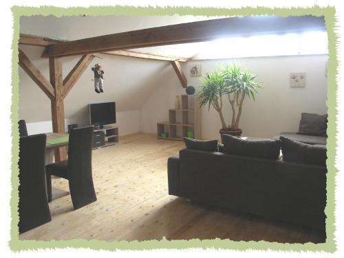 Lounge oder Bar in der Unterkunft Ferienwohnung zum Bernerhof