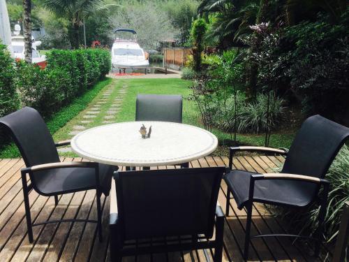 A porch or other outdoor area at Casa Condominio do Frade