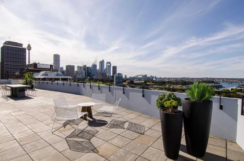 A balcony or terrace at Sydney East Luxury Apartment