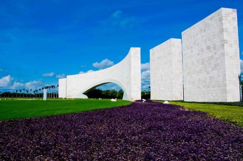 A garden outside TAO Luxury Condo Mexico