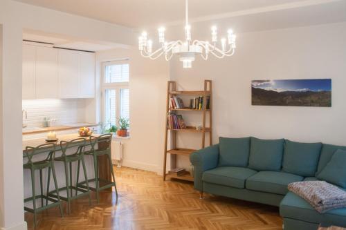 Majoituspaikan City Center Apartment - Toompuiestee baari tai lounge-tila