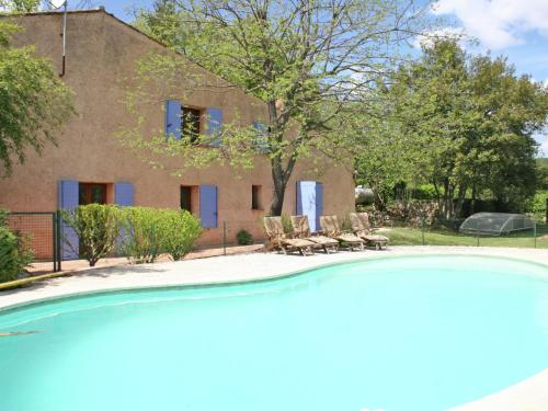 The swimming pool at or near Provincial Holiday Home with Private Pool in Salernes France