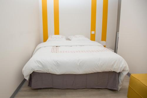 A bed or beds in a room at Albiappart
