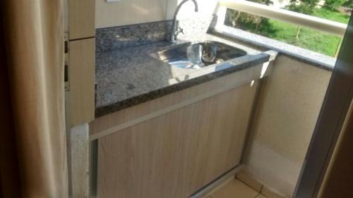 A kitchen or kitchenette at Apartamento Di Roma 809 A