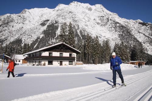 Haus Waldruh during the winter