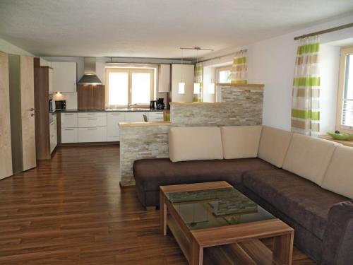 A seating area at Ferienwohnungen Heidi