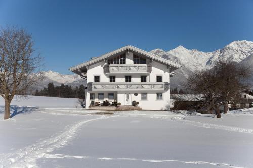 Gästehaus Weber during the winter