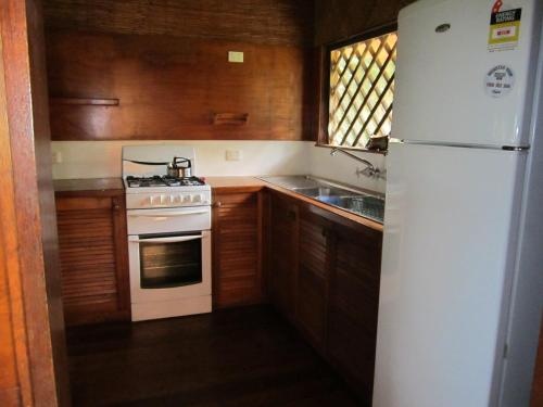 A kitchen or kitchenette at Daintree Lighthouse View