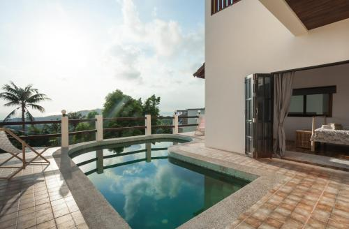 The swimming pool at or near New POP Villas, Koh Tao