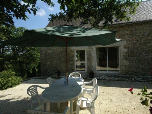 A porch or other outdoor area at Modern Holiday Home in Florimont-Gaumier with Private Pool