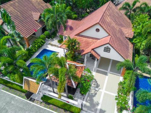 A bird's-eye view of Green Residence Pool Villa Pattaya
