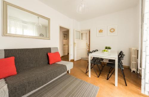 A seating area at Apartamento Living Santa Ana