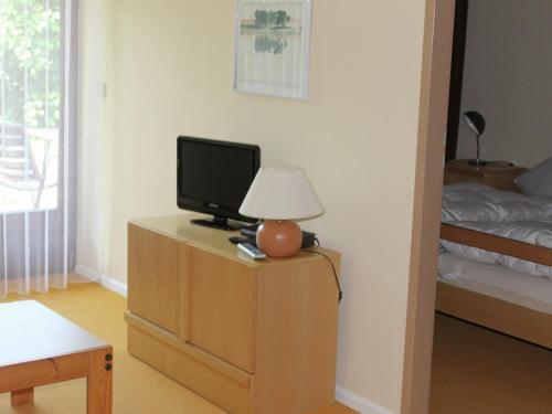 TV/Unterhaltungsangebot in der Unterkunft Luxurious Apartment in Niedergebisbach with Sun Terrace